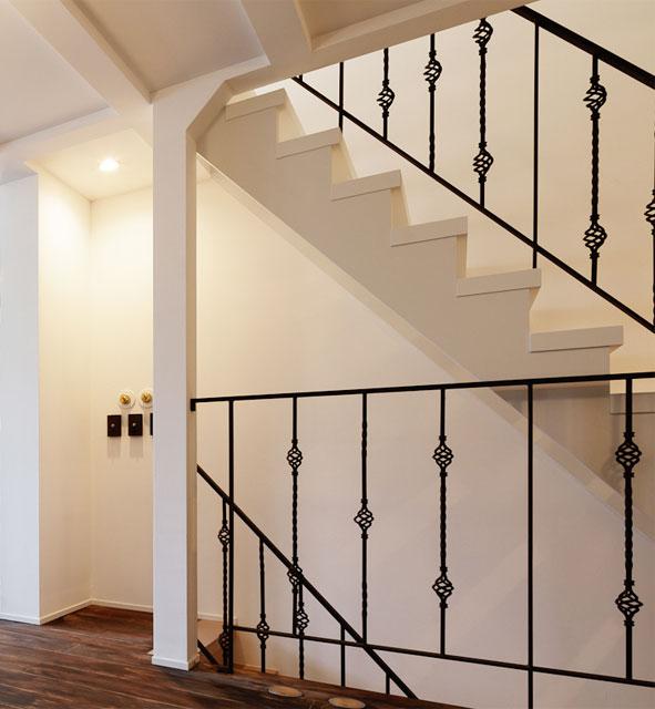 ユーロピアン アイアン製階段
